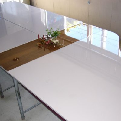 ポリエステル鏡面仕上げ休憩室テーブル